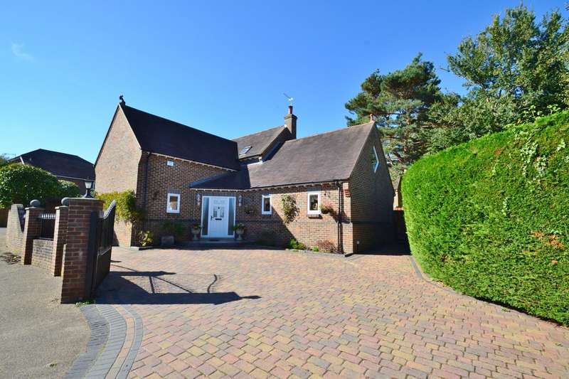4 Bedrooms Detached House for sale in Throop
