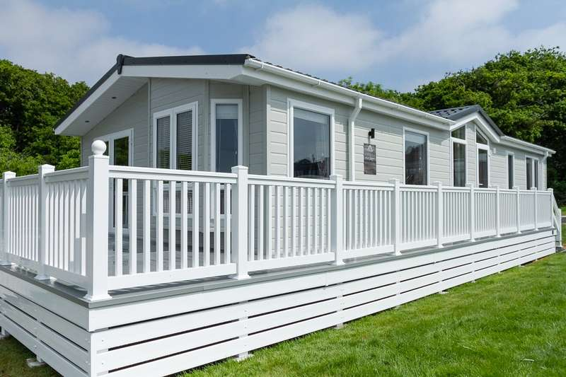 3 Bedrooms Lodge Character Property for sale in Whitecliff Bay Holiday Park, Isle Of Wight