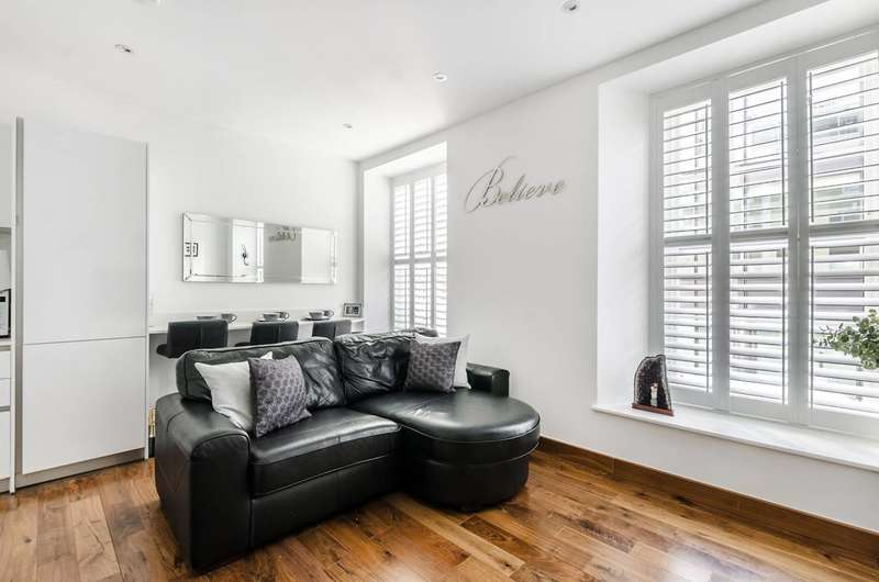 2 Bedrooms Flat for sale in Bedford Row, Bloomsbury, WC1R