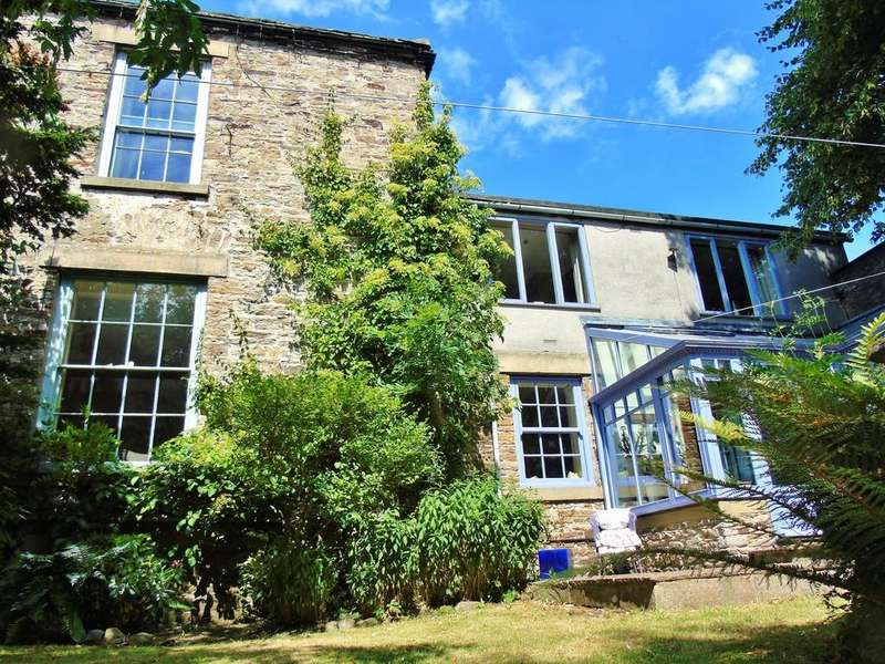 5 Bedrooms Town House for sale in Front Street, Stanhope