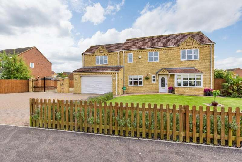 4 Bedrooms Detached House for sale in Charlemont Drive, Manea, March, PE15