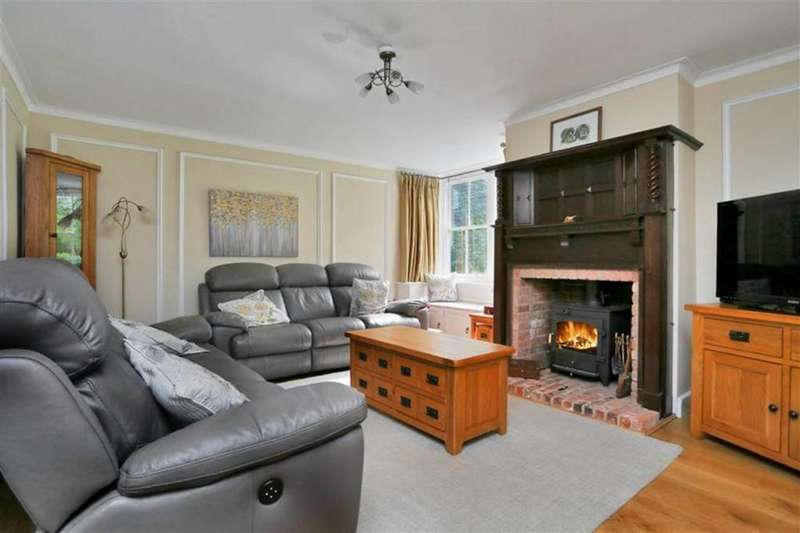4 Bedrooms Detached House for sale in Moorgreen, Newthorpe, Nottingham