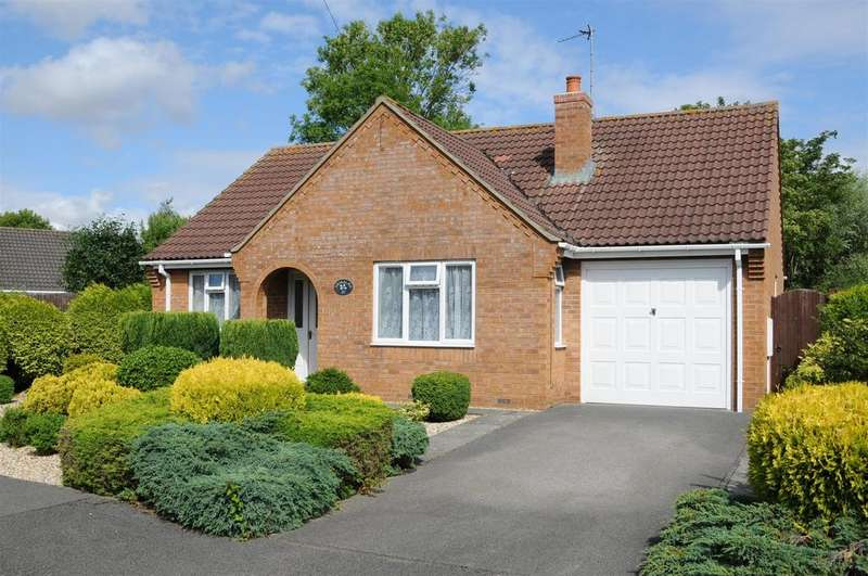 2 Bedrooms Detached Bungalow for sale in Lancaster Close, Great Steeping, Spilsby, PE23 5HA