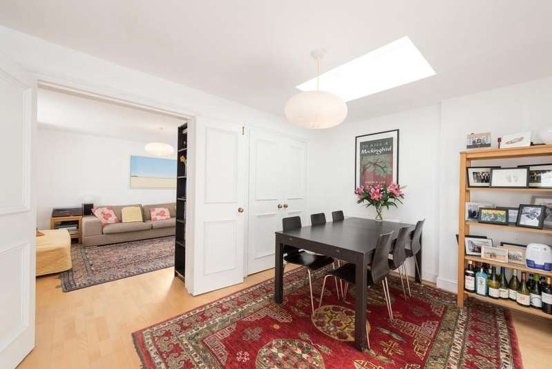 2 Bedrooms Apartment Flat for sale in Belsize Park Gardens, NW3