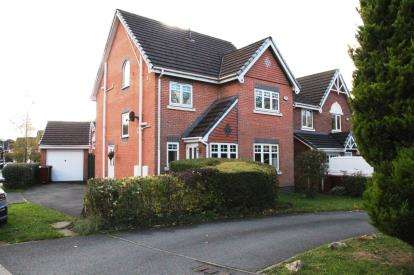 4 Bedrooms Detached House for sale in Kingsley Close, Blackburn, Lancashire, BB2
