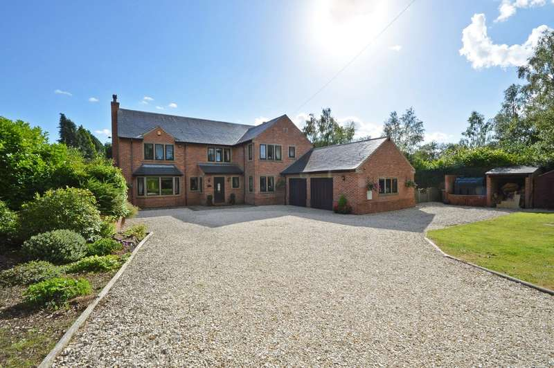 5 Bedrooms Detached House for sale in Bretton Lane, Crigglestone, Wakefield