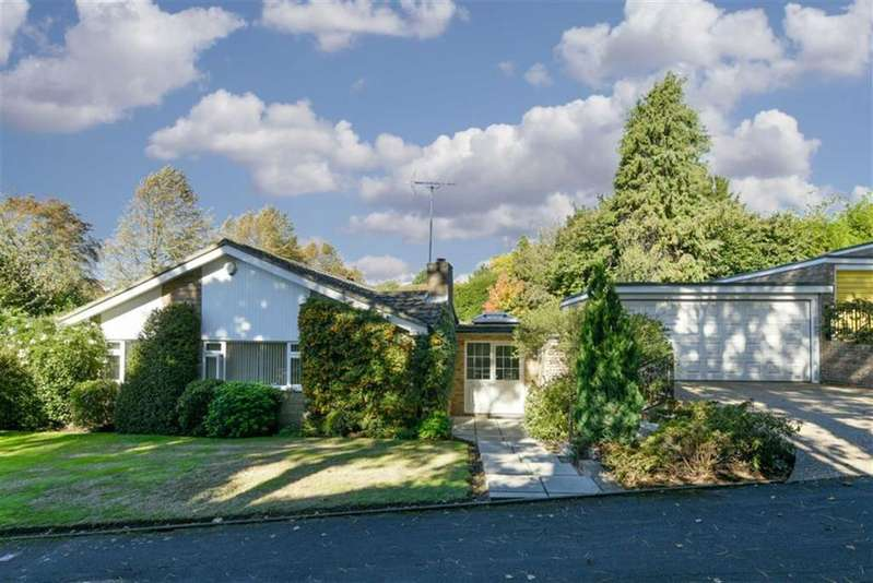 4 Bedrooms Detached Bungalow for sale in Birchfield Grove, Epsom, Surrey