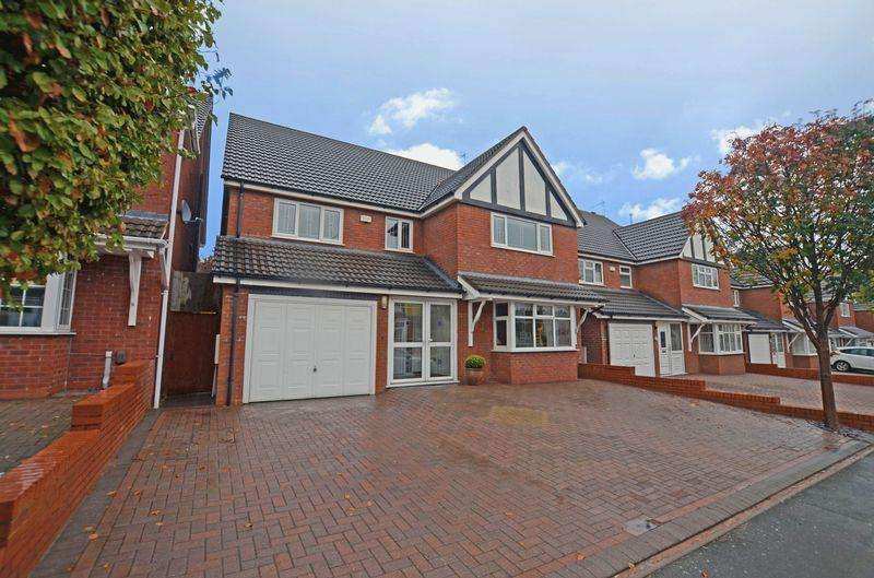 6 Bedrooms Detached House for sale in Brisbane Road, Smethwick