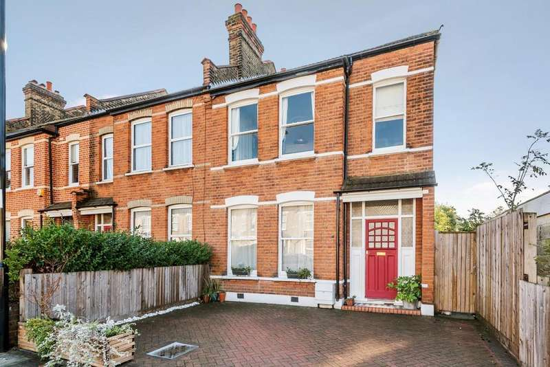 3 Bedrooms End Of Terrace House for sale in Braidwood Road, Catford