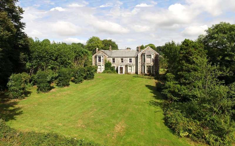 7 Bedrooms Country House Character Property for sale in Superb Country House for Refurbishment, Lanhainsworth, St. Columb TR9