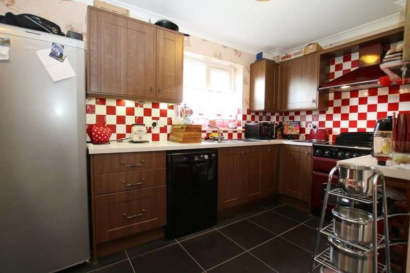 4 Bedrooms Detached House for sale in The Courtyard, West Park Street, Chatteris
