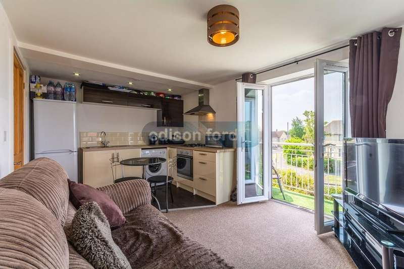 2 Bedrooms Maisonette Flat for sale in Cranleigh Court Road, Yate, Bristol, BS37