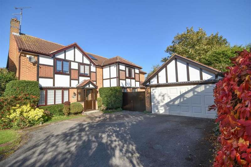 5 Bedrooms Detached House for sale in Leigh Close, West Bridgford, Nottingham