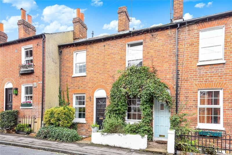 2 Bedrooms Terraced House for sale in St. Johns Hill, Reading, Reading, Berkshire, RG1