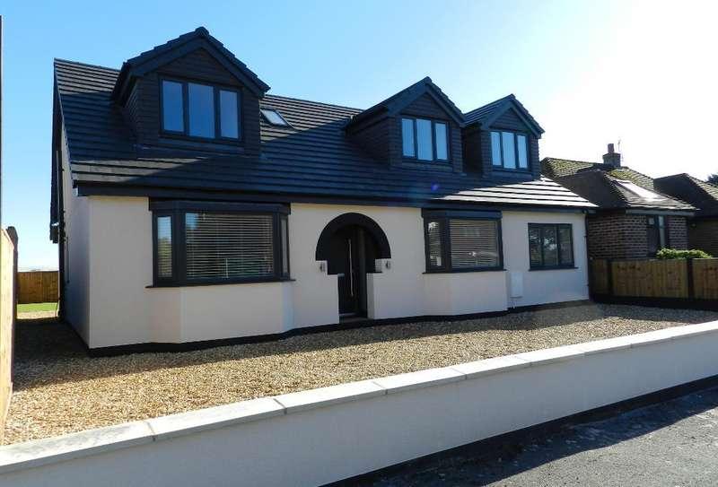 4 Bedrooms Detached House for sale in Delamere Avenue, Lowton, Warrington, WA3 1LN