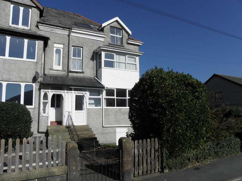 1 Bedroom Flat for sale in Flat 1, 20 Beach Road, Fairbourne LL38 2PX