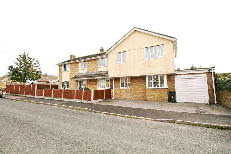 4 Bedrooms House for sale in Western Road, Brightlingsea