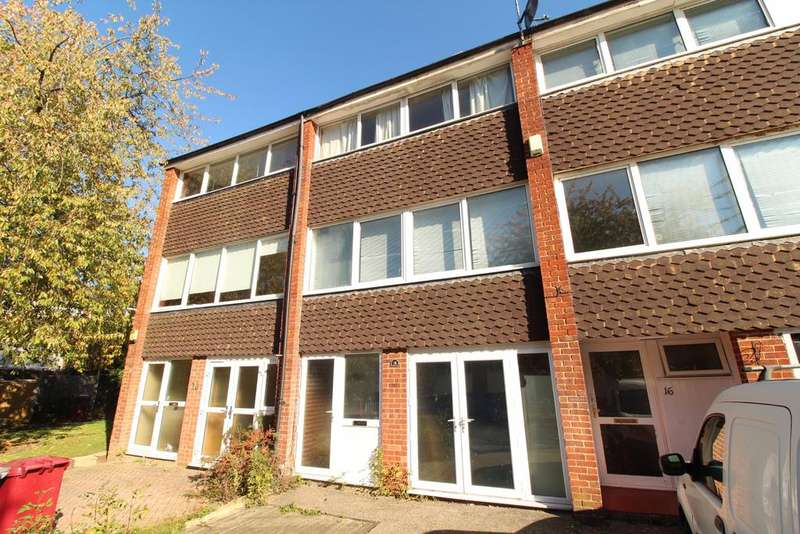 4 Bedrooms Terraced House for sale in Hill Brow, Reading