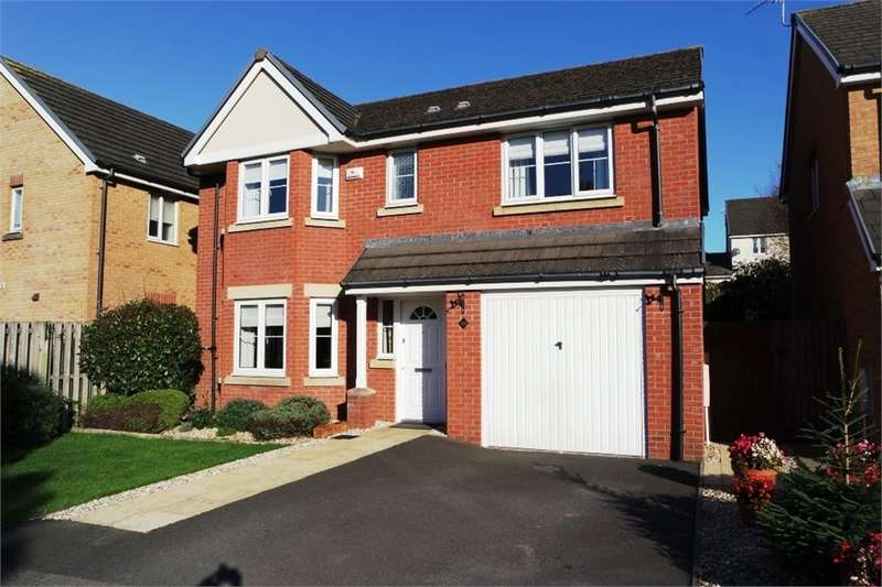 4 Bedrooms Detached House for sale in Swallow Close, North Cornelly, Bridgend, Mid Glamorgan