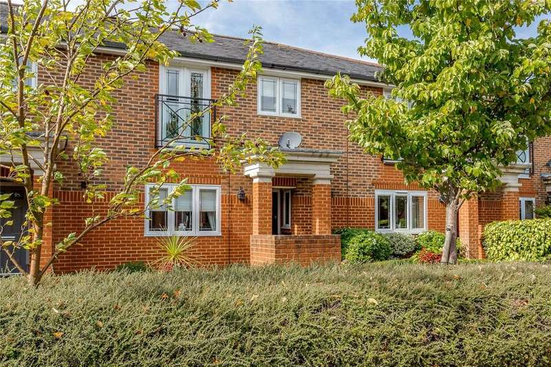 4 Bedrooms Terraced House for sale in Chaucer Close, Windsor, Berkshire