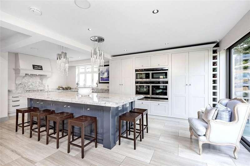 5 Bedrooms Detached House for sale in Sheen Lane, East Sheen, London, SW14