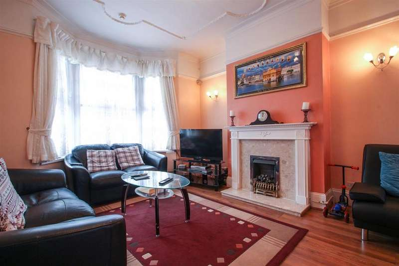 5 Bedrooms Terraced House for sale in Gatling Road, London