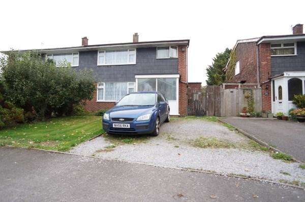 3 Bedrooms House for sale in St Aldams Drive, Pucklechurch, Bristol, BS16 9QQ