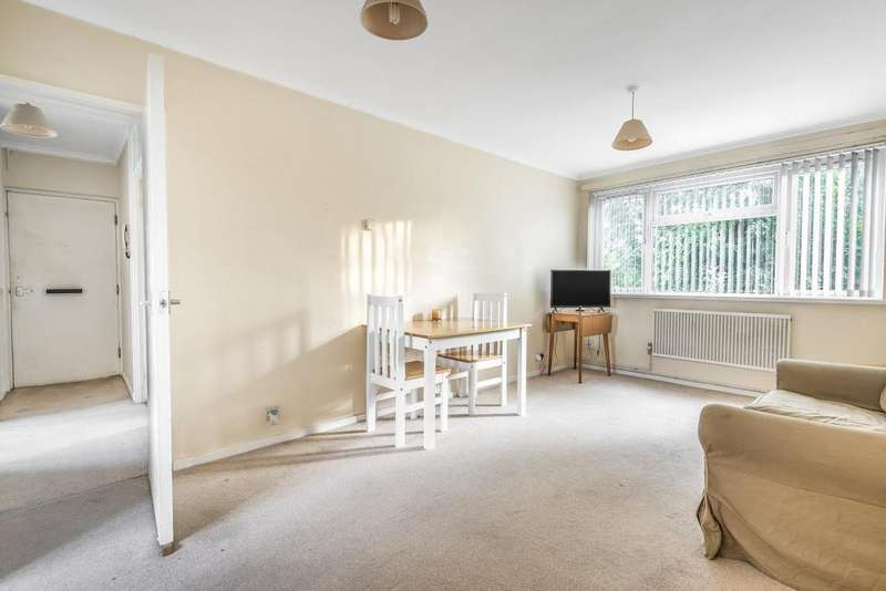 1 Bedroom Flat for sale in Cornford Grove, Balham