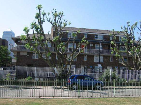 4 Bedrooms Maisonette Flat for sale in Hind Grove, x, E14-Isle of Dogs, E14 3UU