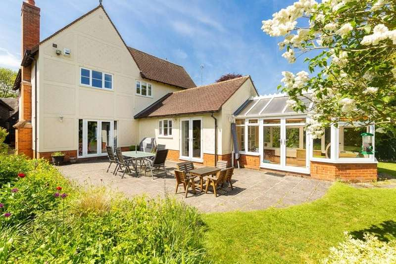 5 Bedrooms Detached House for sale in High Street, Barley