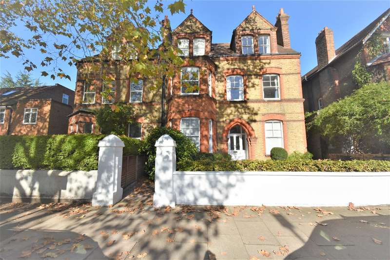 2 Bedrooms Flat for sale in Barrowgate Road, Chiswick, Chiswick