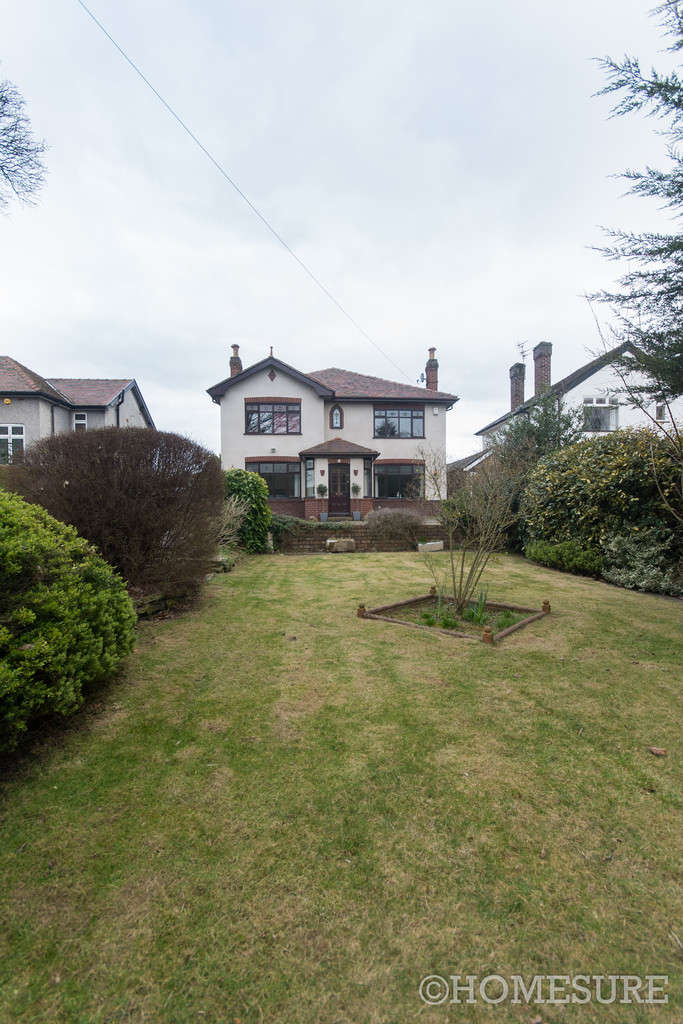 5 Bedrooms Detached House for sale in High Street, Hale Village, Liverpool, L24