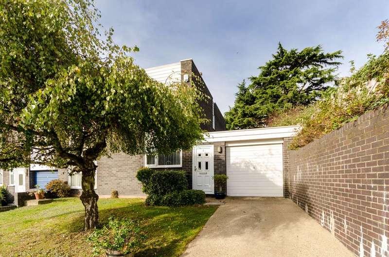 3 Bedrooms House for sale in Grange Avenue, Upper Norwood, SE25