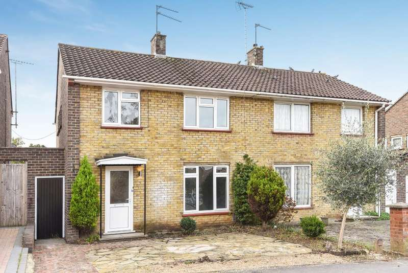 3 Bedrooms House for sale in Lily Hill Road, Bracknell, RG12