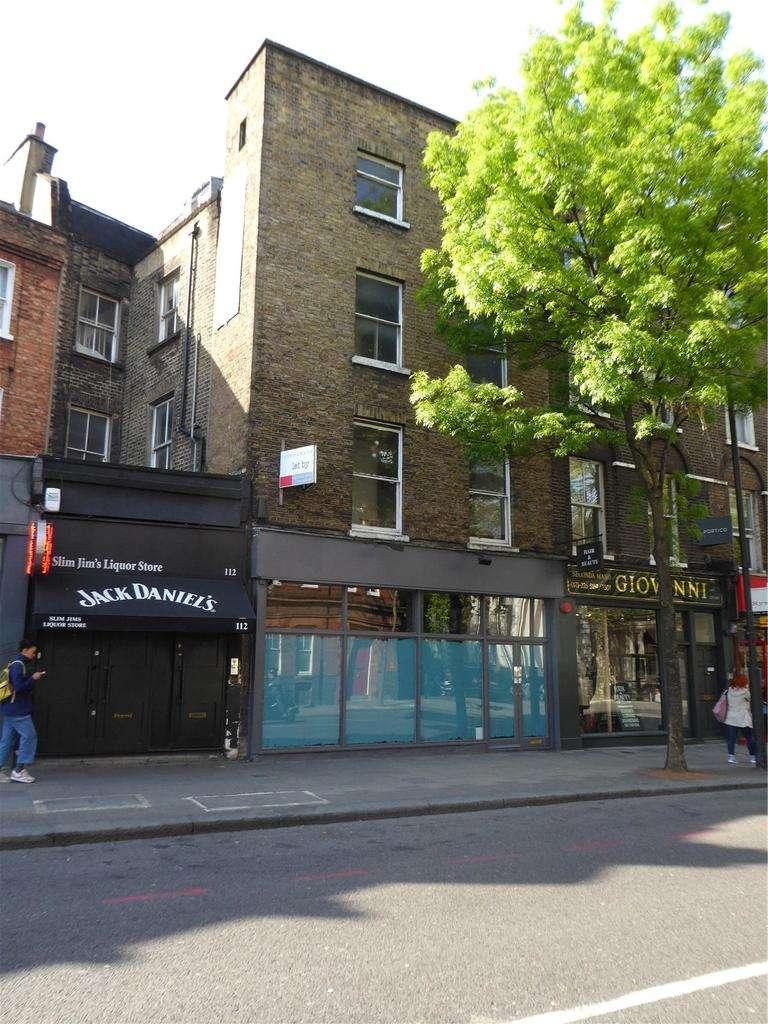 House for sale in Upper Street, Islington, London, N1