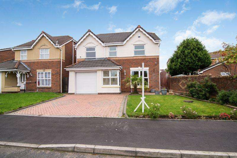 4 Bedrooms Detached House for sale in Balmore Close, Beaumont Rise, Bolton, Lancashire.