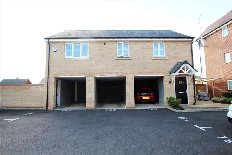2 Bedrooms Coach House Flat for sale in Hawking Drive, Biggleswade, SG18