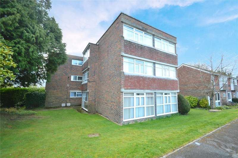 2 Bedrooms Apartment Flat for sale in Dolphin House, Highfield Close, Wokingham, Berkshire, RG40