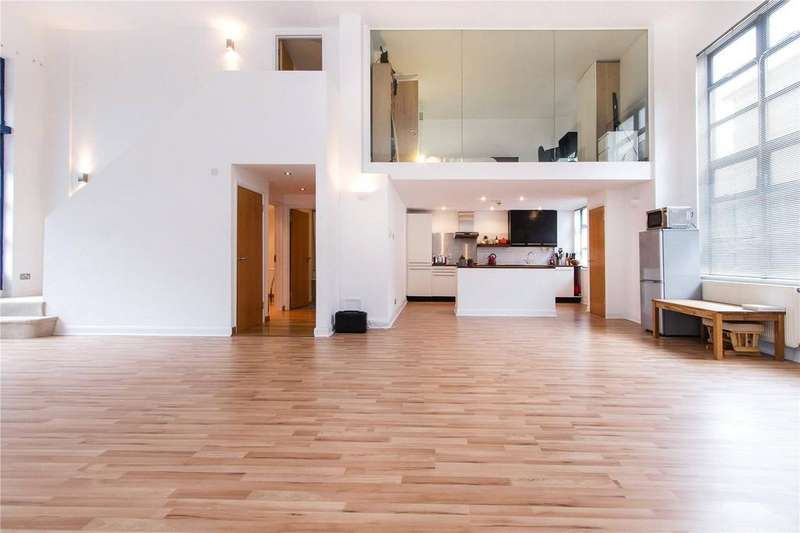 3 Bedrooms Flat for sale in Chilton Street, London, E2