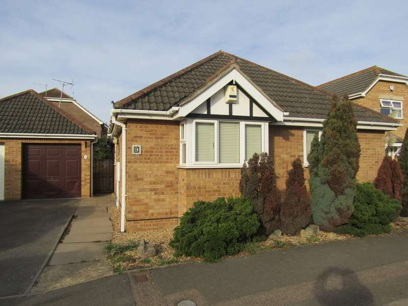 2 Bedrooms Bungalow for sale in Meadow View, Whittlesey, PE7