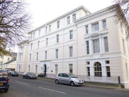 3 Bedrooms Flat for sale in Stoke, Plymouth, Devon
