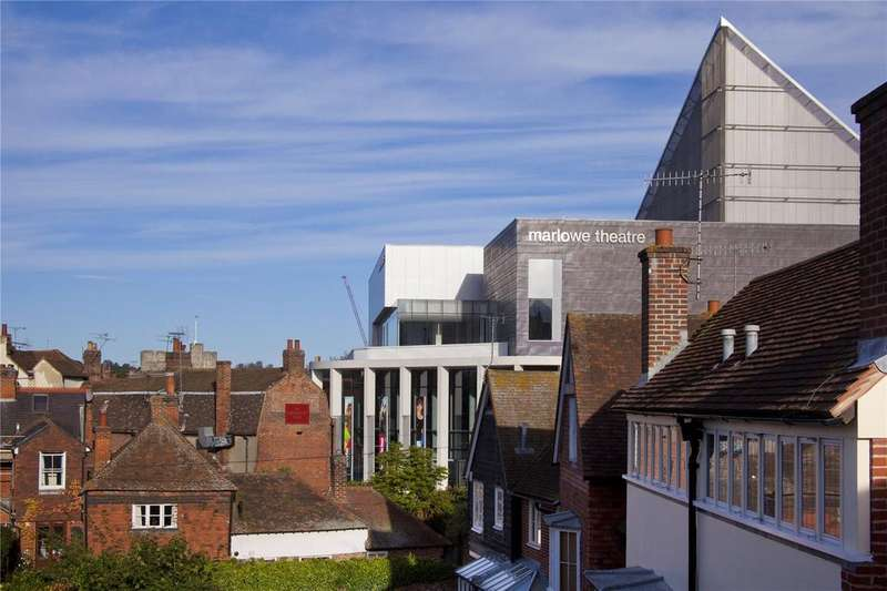 4 Bedrooms Town House for sale in The Friars, Canterbury, Kent