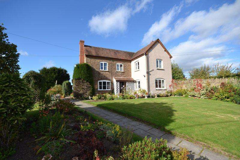 3 Bedrooms Detached House for sale in Leysters, Leominster