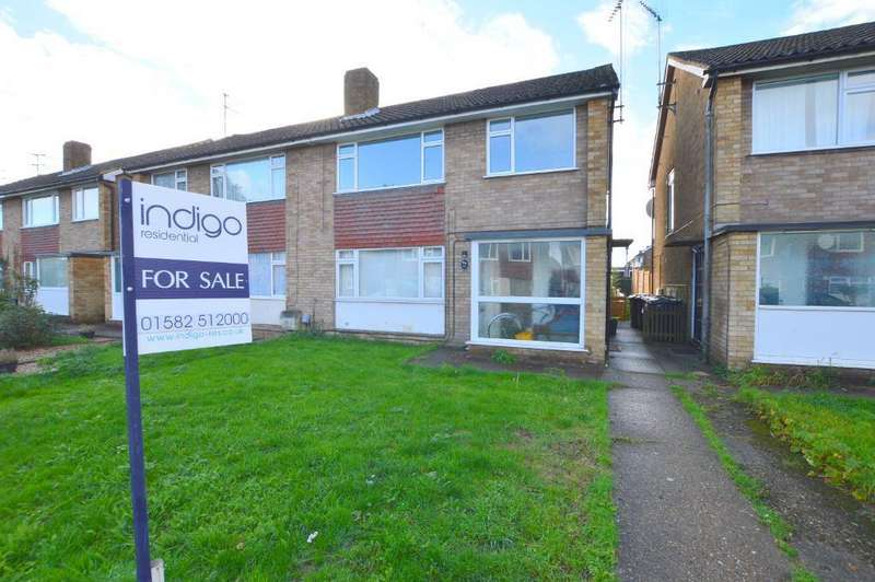 2 Bedrooms Apartment Flat for sale in Fair Oak Drive, Round Green, Luton, Beds, LU2 7TQ