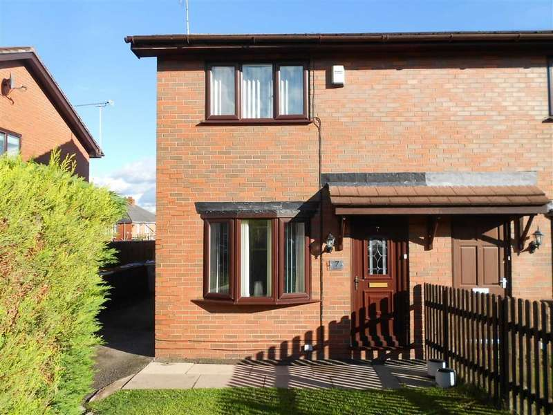 3 Bedrooms Semi Detached House for sale in Oakley Street, Crewe, Cheshire