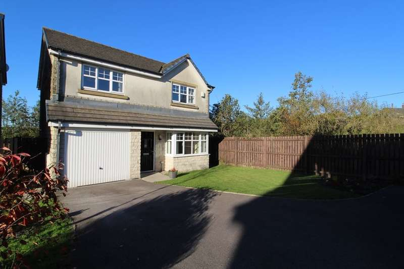 3 Bedrooms Detached House for sale in Siskin Avenue, Bacup, OL13