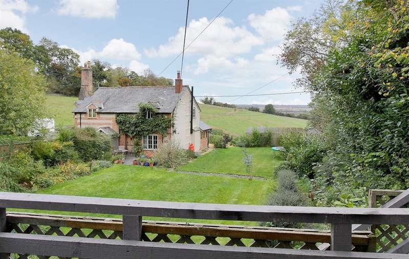 2 Bedrooms Semi Detached House for sale in Hilliers Farm Cottages, St. Marybourne, Andover