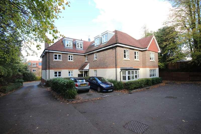 2 Bedrooms Apartment Flat for sale in Glendower, Bracknell