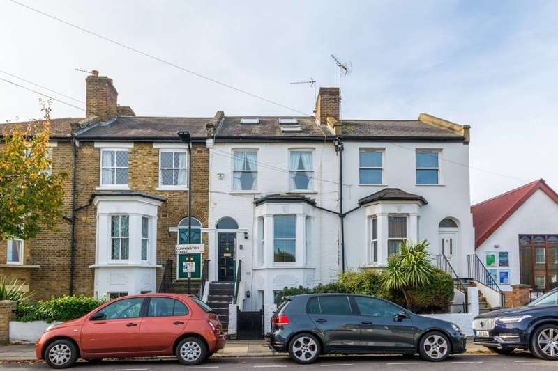 4 Bedrooms House for sale in Cunnington Street, Acton Green, W4