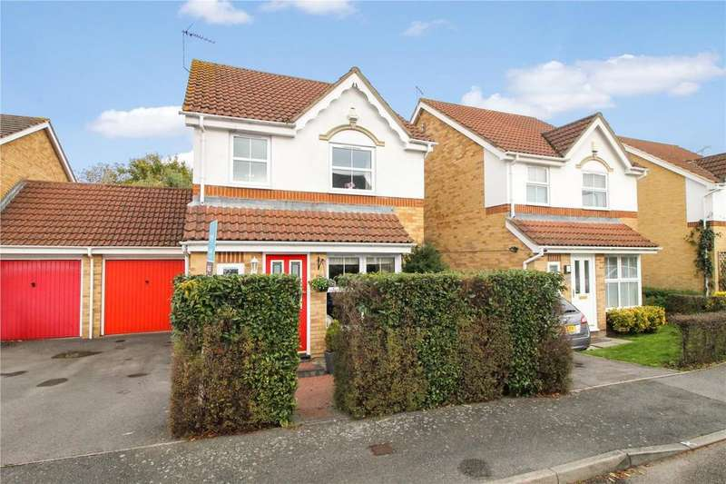 3 Bedrooms Link Detached House for sale in Richmond Close, Farnborough , Hampshire, GU14